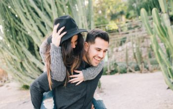 The art of flattery – how to conquer your man with compliments